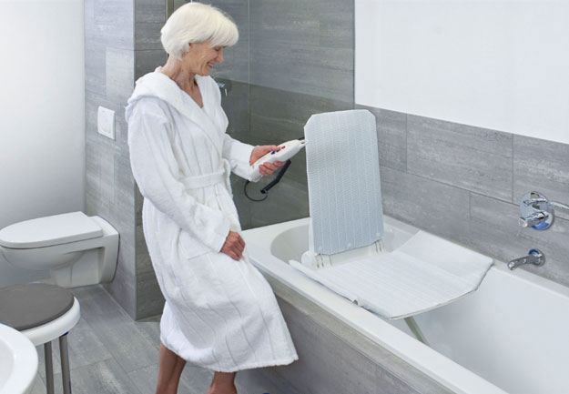 Aquatec Bath Lift, Orca Bath lifts